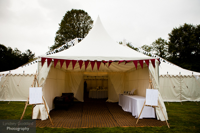country-wedding-traditional-pole-tent & Jessica and Paulu0027s country wedding with a Traditional Pole Tent ...