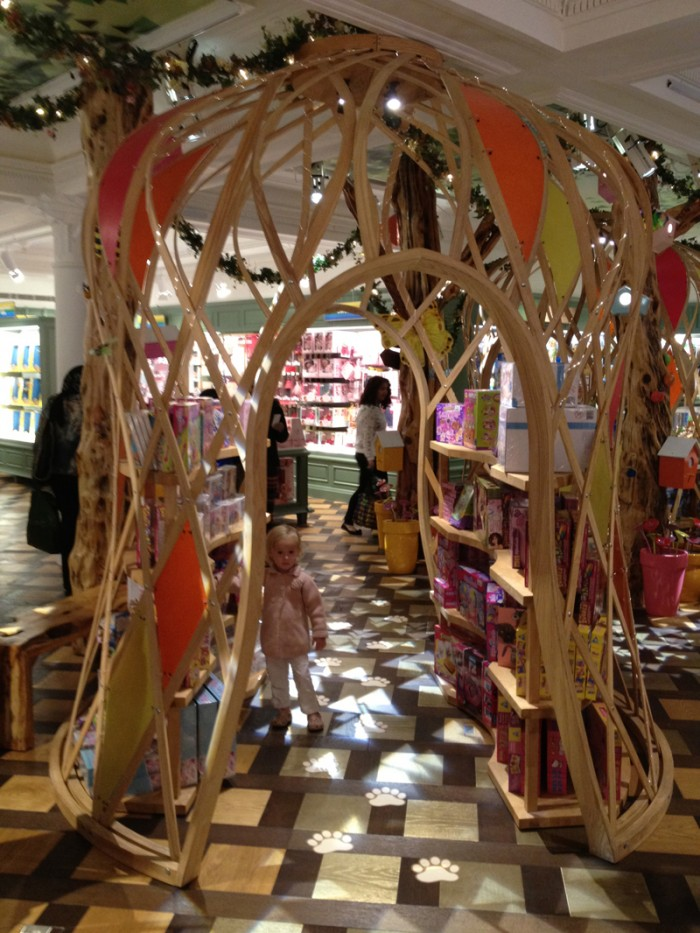harrods-enchanted-forest_0005